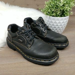 Dr. Martens Made In England 3 eye leather shoes